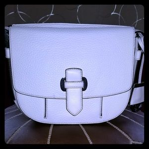 Michael Kors Beautiful Crafted Shoulder Bag